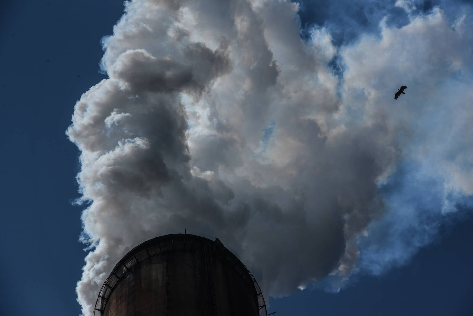 One of the smokestacks at the Gavin power plant in Cheshire, Ohio, which is now owned by Lightstone Generation LLC, an independent power producer. It continues to operate while many others have closed or are scheduled to close as utilities announce plans