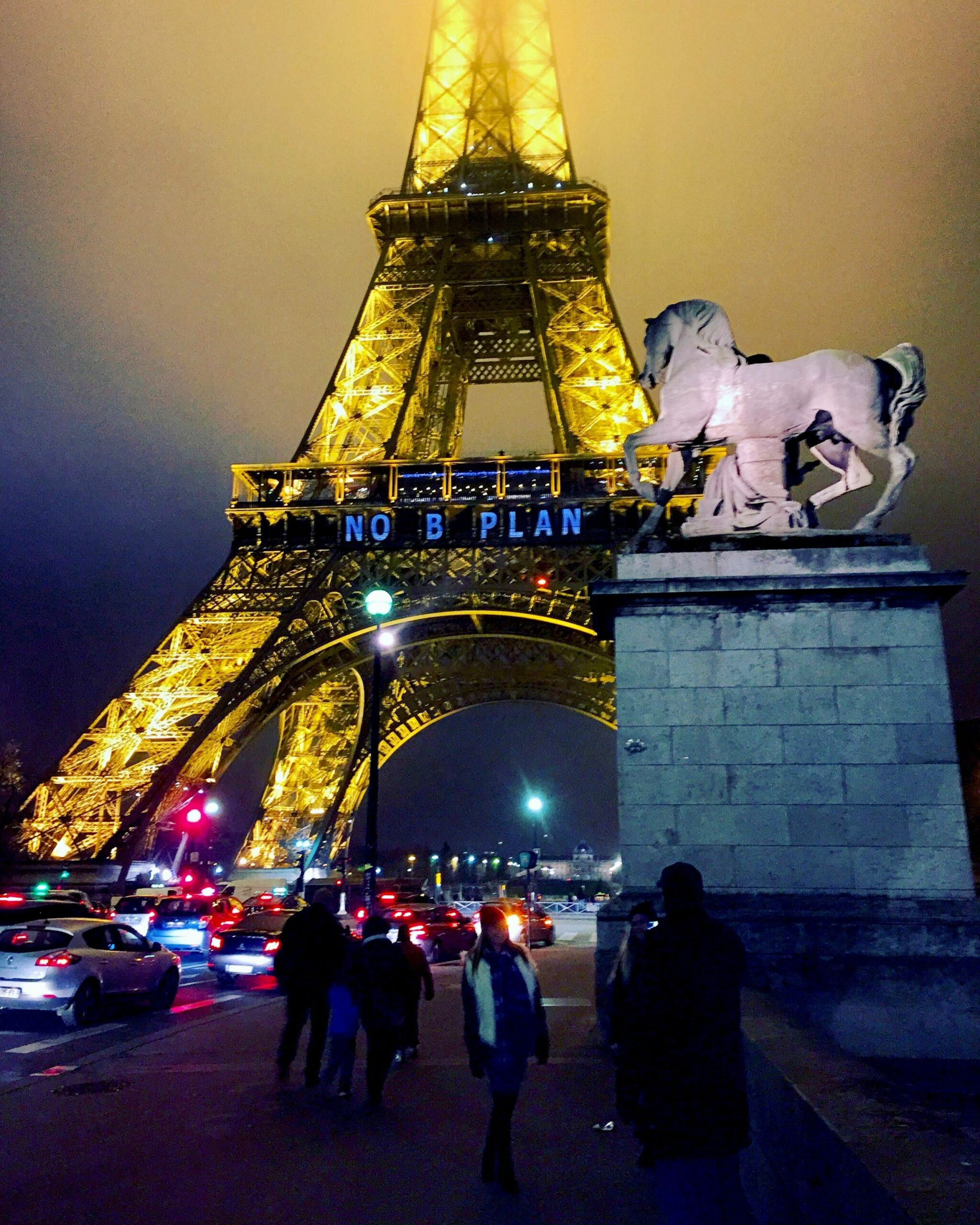 """Lights on the Eiffel Tower In Paris caution """"No B Plan"""" (No Plan B) during the 2015 climate talks."""