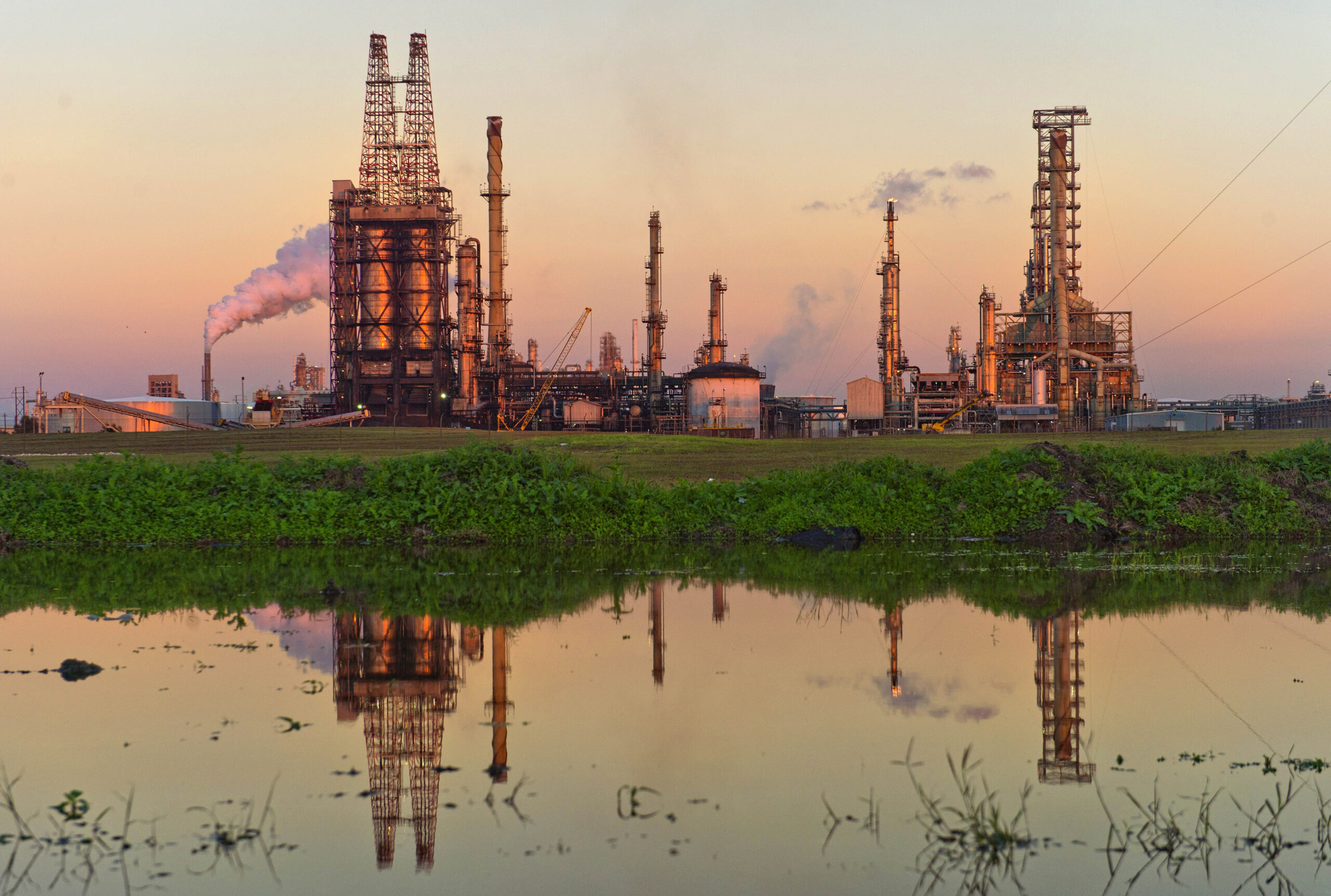 A Citgo oil refinery stands in Corpus Christi, Texas, on Thursday, Jan. 7, 2016. Credit: Eddie Seal/Bloomberg via Getty Images
