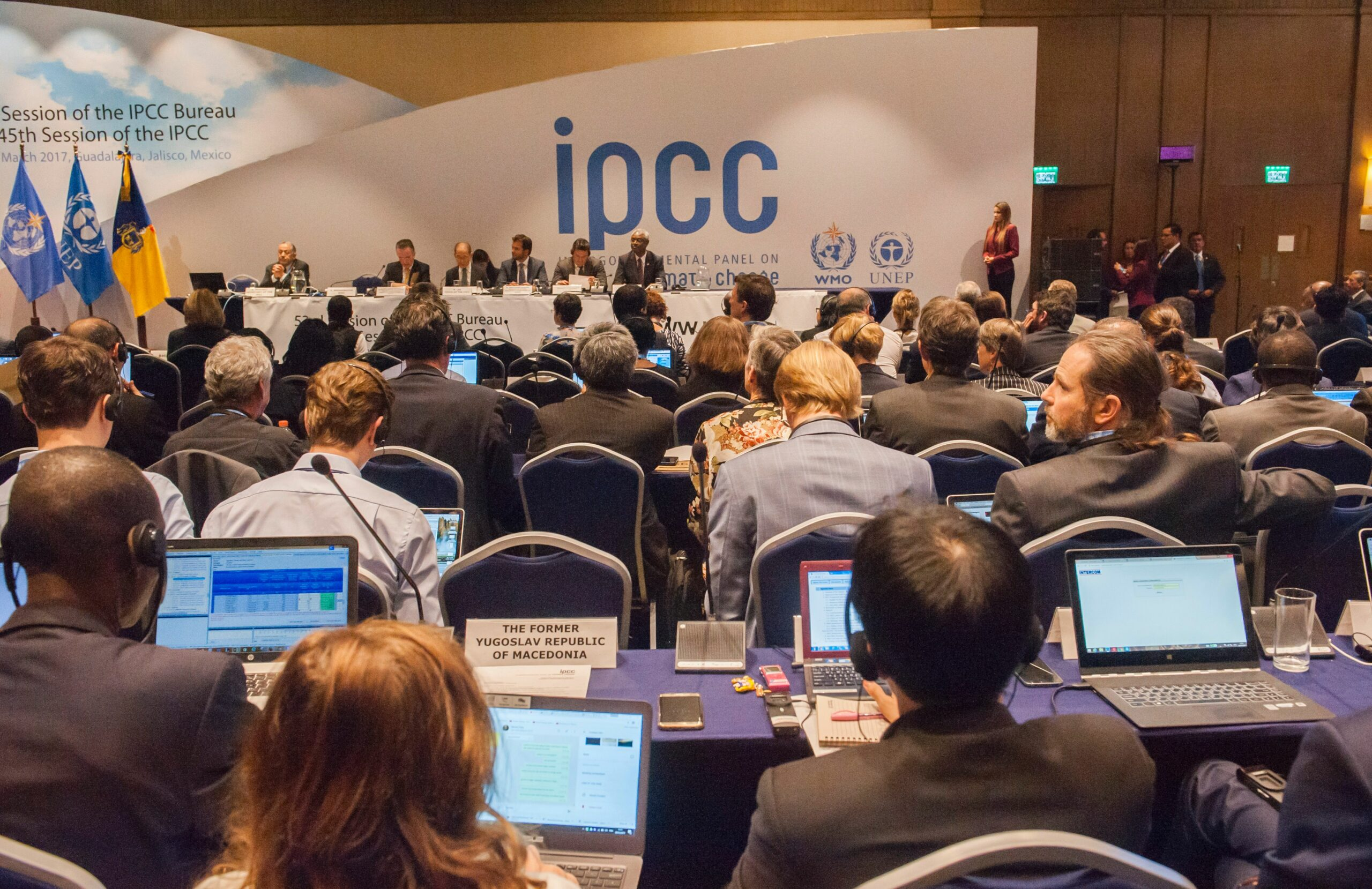 Delegates and experts attend the 45th Inter-governmental Panel on Climate Change (IPCC) opening ceremony in Guadalajara, Mexico on March 28, 2017. Credit: Hector Guerrero/AFP via Getty Images